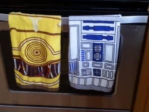 Star Wars Kitchen Ideas - R2-D2 & C-3PO Hand Towel Set